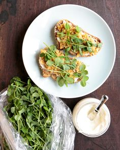 Here's a pea shoots recipe for when you find them at the farmer's market! This fancy toast features a chickpea mash, cream cheese, and pea shoots. Pea Shoot Recipe, Vegetarian Recipes, Healthy Recipes, Healthy Meals, Couple Cooking, Veggie Sandwich, Healthy Food Options, Spring Recipes, Bon Appetit