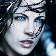Selene - perfect vampire eyes Vampire Eyes, Halloween Contacts, Kate Beckinsale, Fantasy Artwork, Underworld, Cool Eyes, Weird, Halloween Costumes, Lens