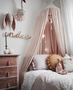 Below are the Cute And Girly Pink Bedroom Design For Your Home. This post about Cute And Girly Pink Bedroom Design For Your Home was posted under the Bedroom category by our team at June 2019 at pm. Teenage Girl Bedrooms, Little Girl Rooms, Teenage Room, Childrens Bedrooms Girls, Trendy Bedroom, Modern Bedroom, Quirky Bedroom, Decor Room, Nursery Decor