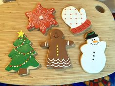 Decorated Christmas sugar cookies 2019 royal icing Davids Cookies, Christmas Sugar Cookies, Royal Icing, Desserts, Food, Decor, Tailgate Desserts, Deserts, Decoration