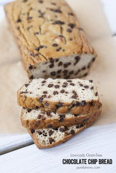 low carb grain free flouress chocolate chip cookie bread recipe. super easy to make and made from just 8 ingredients! Nothing beats enjoying chocolate chip cookies as bread.