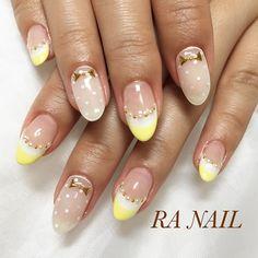 #nail #nails #nailsalon #nailart #nailarts #ranail #ネイル #ネイルアート #ネイルサロン #ジェルネイル #ラアネイル #いいねイエローネイル #ダブルフレンチ #レモンイエロー