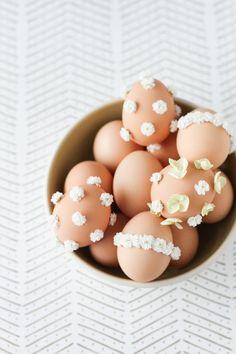 DIY // Baby's Breath Easter Egg | Papernstitch