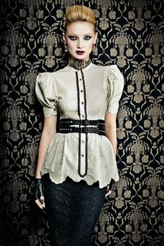 Tweed Rose is your daily fashion and style, giving you the best of fashion glossy and international runways. Couture Mode, Couture Fashion, 50s Glamour, Valentino, Dior, Podium, Russian Fashion, Blouse And Skirt, Daily Fashion