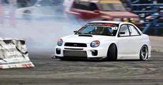 Subaru automobile - photo