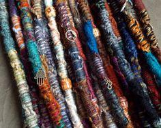 Explora los artículos únicos de PurpleFinchStore en Etsy: el sitio global para comprar y vender mercancías hechas a mano, vintage y con creatividad.