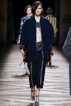 Dries Van Noten Fall 2014 Ready-to-Wear Fashion Show - Mijo Mihaljcic (IMG)