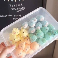 Would you like to have some Pokemon marshmallow Japanese Snacks, Japanese Sweets, Japanese Food Art, Japanese Candy, Mochi, Cute Baking, Kawaii Dessert, Meringue Cookies, Cute Desserts
