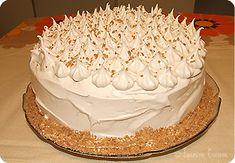 Gâteau délice suprême à l'érable et sa glace meringuée - Jasmine Cuisine Kinds Of Desserts, Easy Desserts, Beignets, Pavlova, Mini Cakes, Cake Recipes, Biscuits, Sweet Tooth, Deserts