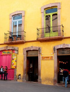"""Mexico  could this be the home of the same """"hot pink"""" door?"""