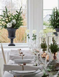 mesa decorada para la navidad