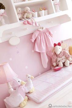 quarto com enxoval rosa dos sonhos
