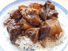 Braised Beef Brisket, Tendons and Daikon Radish (Chinese Restaurant Style)