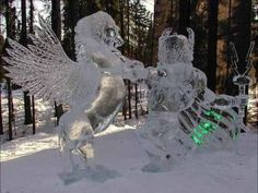 Amazing Ice Sculptures Art : Amazing Beautiful and Unique Snow Sculptures around the world | Most Amazing Things in the World, Incredible, Cool, Unique Things on Earth