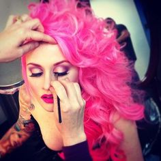 Hot pink hair... I should not be getting any ideas here...