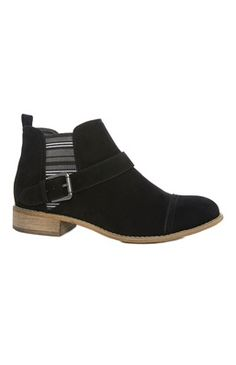 Festival Fashion Essentials: Black Chelsea Ankle Boot.