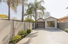Search through the results in Apartments and Flats advertised in Pretoria East on Junk Mail Junk Mail, Pretoria, Property For Rent, Garage Doors, Flats, Outdoor Decor, Garden, Home Decor, Toe Shoes