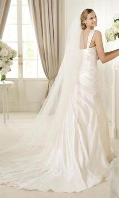Moralei wedding dresses