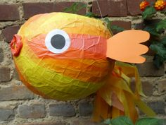 Laterne Goldfisch (St. Martin) Diy For Kids, Crafts For Kids, We Can Do It, Kids Playing, Minions, Projects To Try, Fish, Sculpture, Halloween