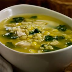 Chicken and spinach soup - Tesco Real Food Healthy Soup, Healthy Detox, Healthy Snacks, Healthy Eating, Healthy Recipes, Mexican Food Recipes, Soup Recipes, Cooking Recipes, Ethnic Recipes