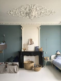 I just wanted to share this gorgeous shared room in Amsterdam. It's shared between two brothers and the colours are just beautiful. Oval Room Blue, Deco Kids, Kids Room Design, Beautiful Interiors, Home Decor Inspiration, Home And Living, Room Decor, Interior Design, Amsterdam