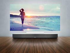 Sony Life Space UX Projecteur CES 2014 : Rétro Projecteur 4K, Adaptateur cassette Audio et TV flexible