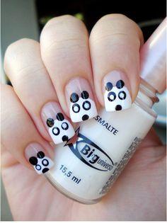 Unhas decoradas de pandas