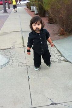 Dave Grohl for halloween...(Josh)