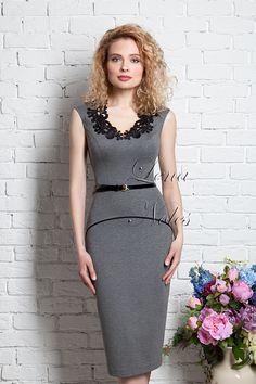 Серое деловое платье с кантом (В НАЛИЧИИ 42)