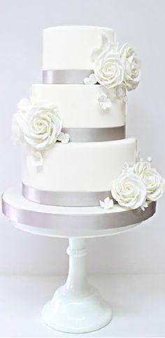 Wedding ● Cake ● Silver