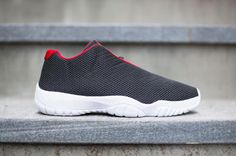 Air Jordan Future Low Black/University Red-White