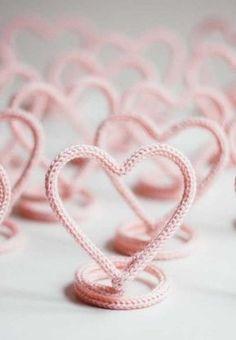 Tricotin: Dicas e Passo a Passos Inspirações Spool Knitting, Knitting Patterns, Crochet Patterns, Doll Patterns, Knitting Ideas, Wire Crafts, Crochet Home, Crochet Dolls, Wire Art
