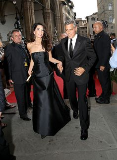 amal alamuddin alexander mcqueen brides fashion http://ift.tt/2mFzYS9  Amal alamuddin alexander mcqueen brides  Amal Alamuddinwalking down the aisle inAlexander McQueen?  George Clooney's wife-to-be was recently spottedvisitingthe design house'sLondon headquarters and soon after reports started to emerge that Amal was taking bridal inspiration from another famous McQueen bride  theDuchess of Cambridge née Kate Middleton.Also check ;bridal week new york city  CLICK ON PHOTOS FOR GALLERY VIEW…