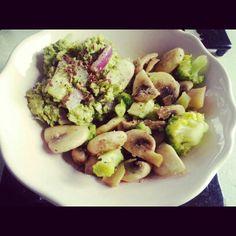 Mushrooms, broccoli and avocado mash.