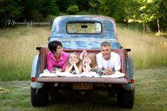 Family Photo Shoot Idea: Old Truck
