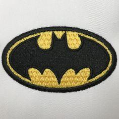 Motif de broderie machine gratuit BATMAN – Broderie-Machine.com Gotham, Machine Logo, Stitch Patch, Batman, Superhero Logos, Couture, Embroidery, Masks, Embroidery Software