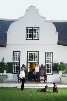 Cape Dutch architecture - the symmetry and the parapet gabled roof. Dutch House, Dutch Door, Beautiful Architecture, Architecture Details, Roof Architecture, Roof Styles, House Styles, South African Homes, Dutch Gardens