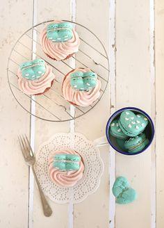 Macaron heart cupcakes