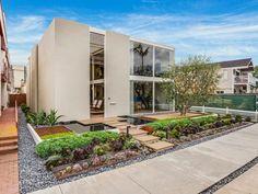Long Beach Post - Killingsworth-Designed Frank House, a Mid-Century Modern Masterpiece for Sale