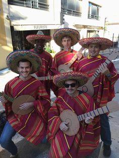 Départ imminent pour le Weekend d'intégration . Les mexicains vont mettre l'ambiance! #WEI #escaet Mexicans, Life