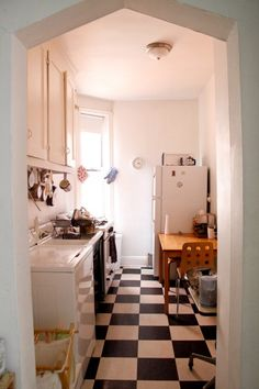 Kitchen & Laundry room, Apartment & Studio, East Village, New York. Photo by Richard Kern