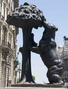 El Oso y el Madroño. Plaza del Sol. Madrid, España.