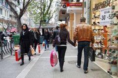 Ανοιχτά αύριο τα εμπορικά καταστήματα – Πως θα λειτουργήσουν την Μ. Εβδομάδα