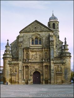 Sacra Capilla del Salvador en Úbeda, Jaén San Salvador, Places To Travel, Places To Visit, South Of Spain, Spanish Architecture, Spain And Portugal, Romanesque, Place Of Worship, Andalusia