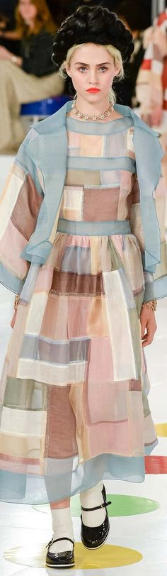 Chanel Resort 2016 . . I'll never wear something like this for sure. .But it's too cute to not pin it.