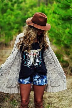 Inspirational Boho Style Outfits  The taste of Petrol and Porcelain (16)