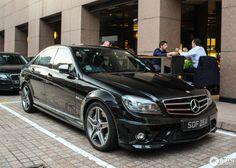 Mercedes E 500, Mercedes Benz C63 Amg, Benz Car, C63 Amg Black Series, Petronas, C 63 Amg, Motor Car, Luxury Cars, Cool Cars