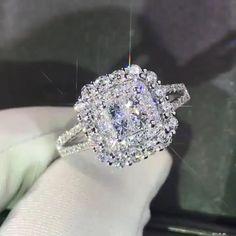 Crystal Engagement Rings, Engagement Ring Shapes, Beautiful Engagement Rings, Vintage Engagement Rings, Moissanite Diamond Rings, Unique Diamond Rings, Solitaire Rings, Big Wedding Rings, Diamond Wedding Rings