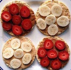 10 Rice Cake Recipes That Will Satisfy All Of Your Cravings is part of Healthy recipes - Need some rice cake recipes that aren't bland Here are our ideas for great toppings you can put on rice cakes for a healthier snack! Think Food, I Love Food, Good Food, Yummy Food, Gourmet Recipes, Snack Recipes, Healthy Recipes, Diet Recipes, Cereal Recipes