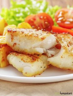 Pan Fried Cod Fish Cod Fish Recipes: How to cook pan fried cod the healthy way gedämpfte Fischrezepte gedämpfte fischrezepte folienverpackungen Cod Fillet Recipes, Fried Cod Recipes, Cod Fish Recipes, Seafood Recipes, Cooking Recipes, Cooking Games, Baked Cod Recipes Healthy, Cooking Classes, Cooking Ribs